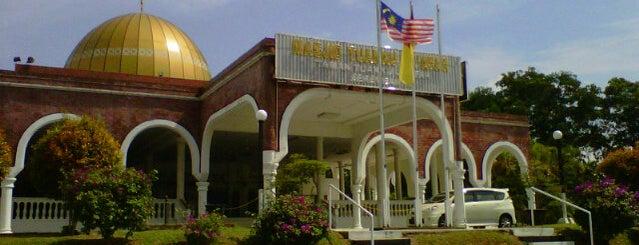 Masjid Kariah Taman Tuanku Jaafar is one of Baitullah : Masjid & Surau.