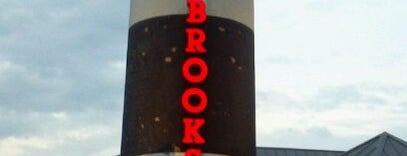 Bo Brooks Crab House is one of Foodie.