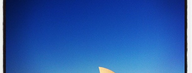 Sydney Opera House is one of Dream Destinations.