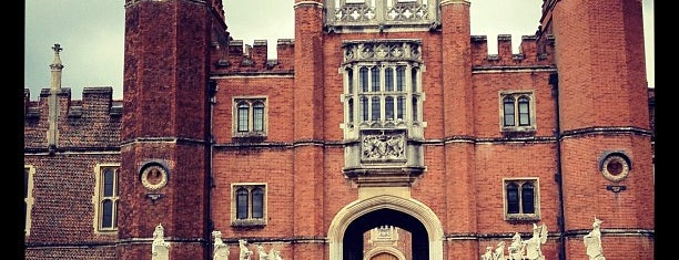 Hampton Court Palace is one of Best places in London, United Kingdom.