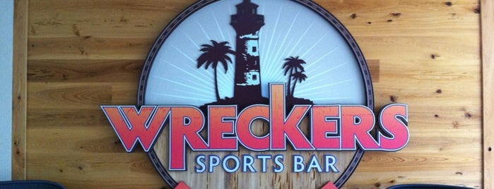Wreckers Sports Bar is one of Drink.