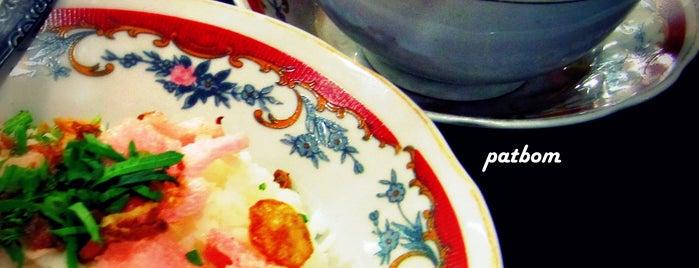 "Soto Minang ""Roda Jaya"" is one of Where to Eat."
