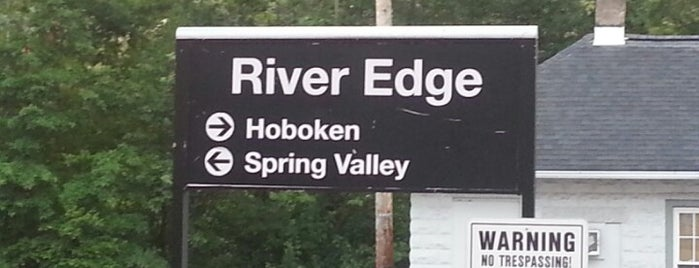 NJT - River Edge Station (PVL) is one of New Jersey Transit Train Stations I Have Been To.