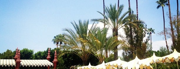 Le Parker Méridien Palm Springs is one of This is How We Live.