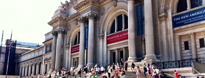Metropolitan Museum of Art is one of Destinations.