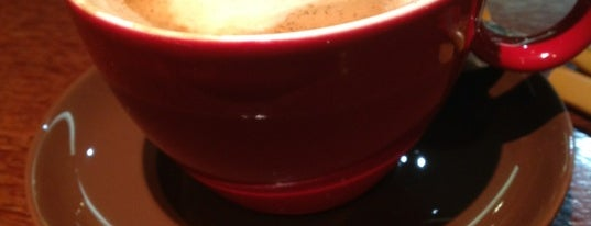 Vero Cafe is one of Coffeeholic.