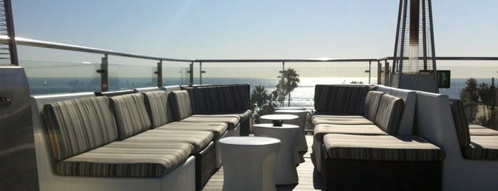High Rooftop Bar at Hotel Erwin is one of Best Rooftop Bars in Los Angeles.
