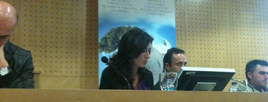 Facultade de Dereito | Universidade de Vigo is one of Best of Ourense ❤.