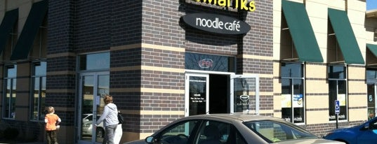 Z'Mariks Noodle Cafe is one of DELICIOUS FOOD.