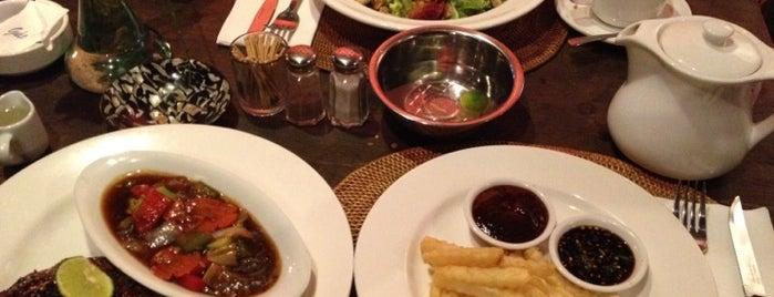 """Warung semar is one of Bali """"Jaan"""" Culinary."""