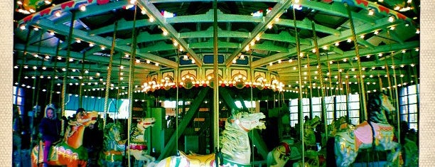 Prospect Park Carousel is one of Favorite Great Outdoors.
