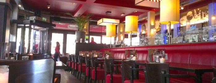 Grand Café De Twee Wezen is one of leuke plekjes.