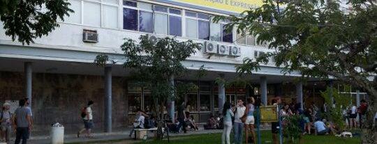 CCE - Centro de Comunicação e Expressão is one of UFSC e etc..