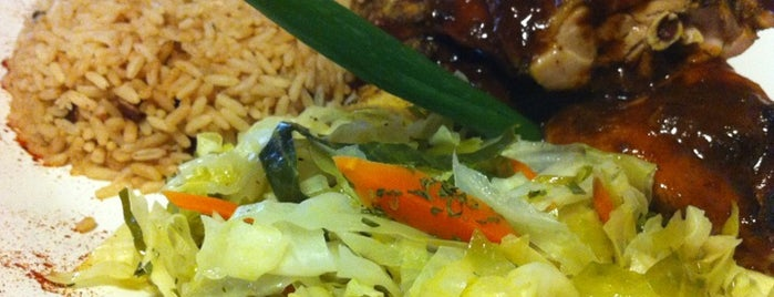 The 15 best places for an oxtail in atlanta for Auburn caribbean cuisine