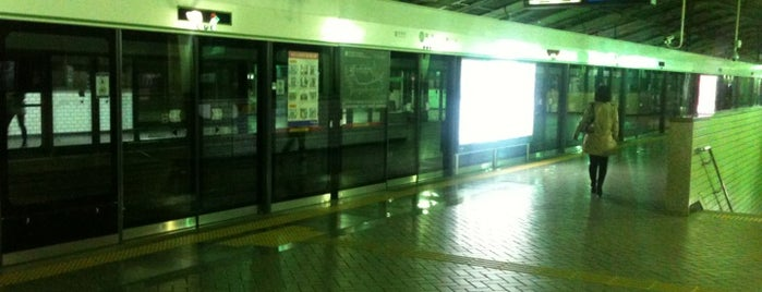 Ttukseom Stn. is one of Subway Stations in Seoul(line1~4 & DX).
