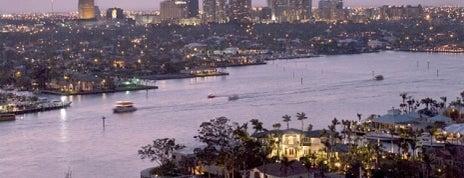 Fort Lauderdale-Hollywood Uluslararası Havalimanı (FLL) is one of 2 do list # 2.