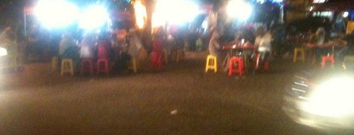 i Cafe Saujana Utama is one of Port Makan.