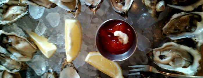 Woodhouse Fish Co. is one of $1 Oyster Happy Hour in SF.