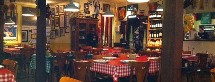 Baggio Pizzeria & Focacceria is one of Lugares pra comer no Portão / Água Verde.