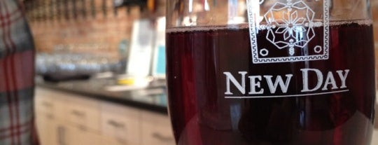 New Day Craft Mead & Cider is one of Exploring Indy #4sqCities #VisitUS.