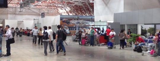 Aeroporto Internacional de São Luís / Marechal Cunha Machado (SLZ) is one of Aeroportos Internacionais BR.