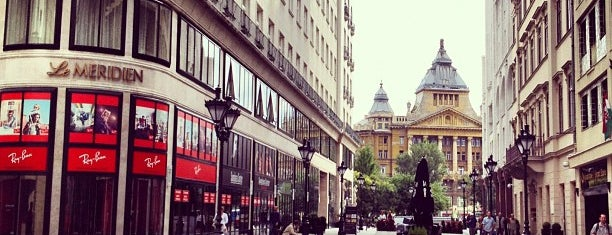 Fashion Street is one of A trendy 24 in Budapest.
