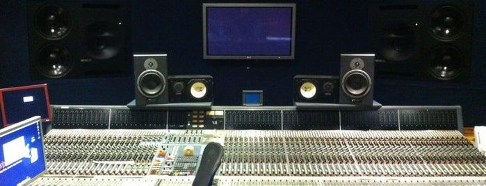 Alari Park Studios is one of Cernusco sul Naviglio.