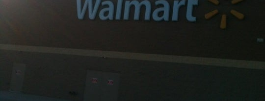 Walmart Supercenter is one of York College Student Hotspots.