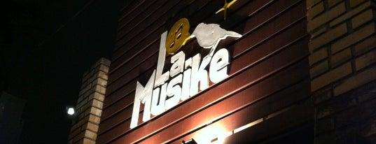 La Musike is one of muito bom.;.