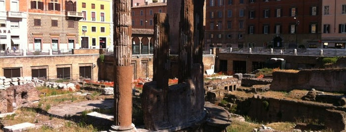 Largo di Torre Argentina is one of Rome Lifestyle Guide.