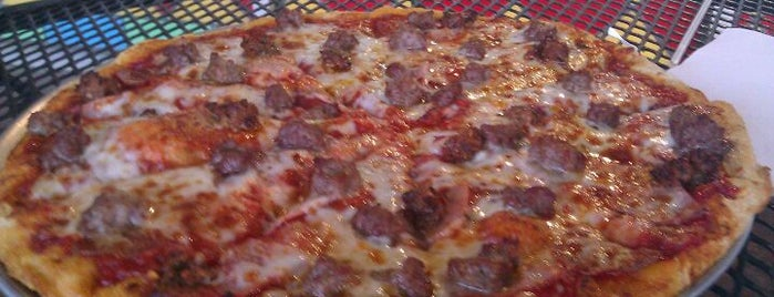 Pie Works Pizza is one of Must-visit Pizza Places in Shreveport.