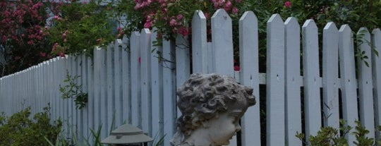 The Myrtles Plantation is one of Paranormal Traveler.