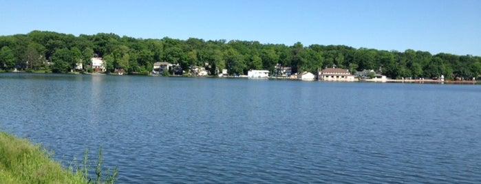 Packanack Lake is one of NJ To Do.