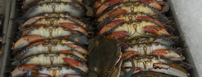 Conrad's Crabs & Seafood Market is one of Baltimore Chowdown.