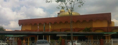 Masjid Ar-Rahman Pandamaran Jaya is one of Baitullah : Masjid & Surau.