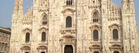 Piazza del Duomo is one of Milano.