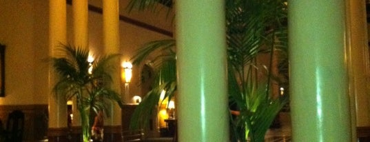 Driskill Hotel Ballroom is one of smart Custom Nation Austin.