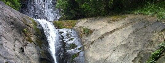 猿尾滝 is one of 日本の滝百選.