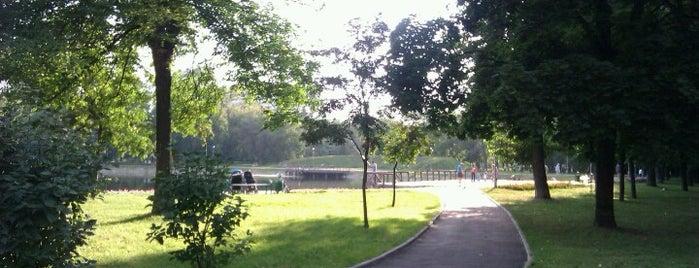 Парк «Торфянка» is one of Сады и парки Москвы.