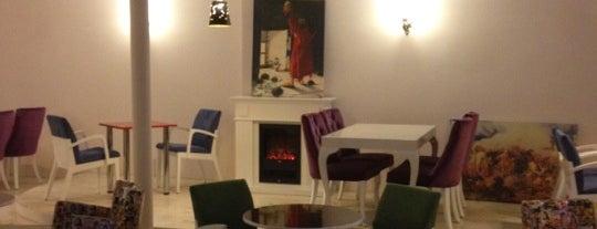 Nazende Cafe & Restaurant is one of Mutlaka gidilmeli!.