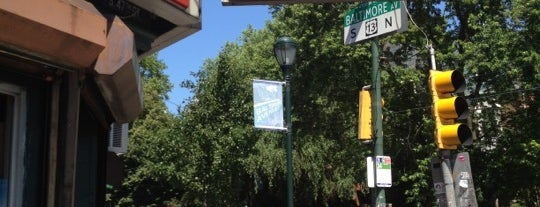 Lee's Deli is one of Mayorships.