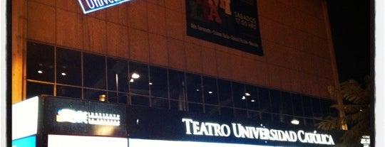 Teatro Universidad Católica is one of Teatros.