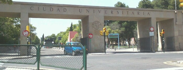 Ciudad Universitaria (Campus Plaza San Francisco) is one of Zaragoza.