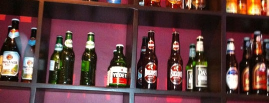 La Mafia Cervezas Del Mundo is one of Cerveza Artesanal.