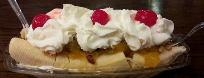 George's Ice Cream & Sweets is one of Where to Eat, Drink and Buy Local in Andersonville.
