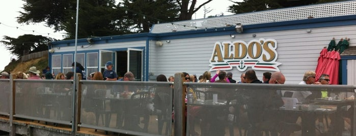 Aldo's Harbor Restaurant is one of DINERS DRIVE-IN & DIVES 3.
