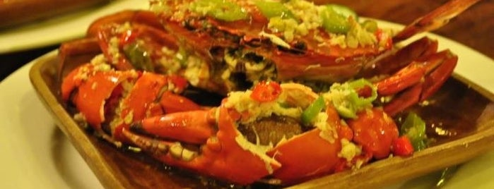 Crown Hotel & Restaurant is one of Foodspotting Tuguegarao.