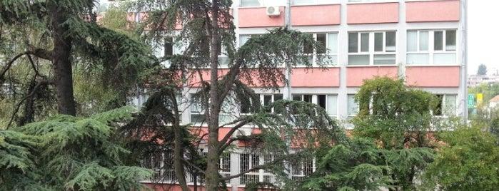 Dom zdravlja Voždovac is one of Guide to Belgrade's best spots.