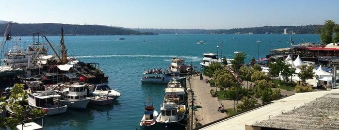 Tarihi Sarıyer Muhallebicisi ve Börekçisi is one of İstanbul 2018 TO-GO.
