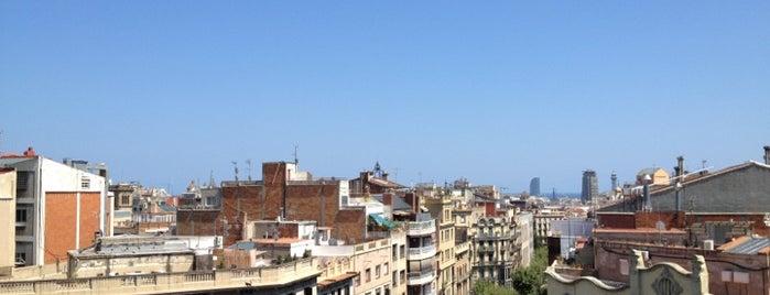 Sky Bar is one of Barcelona.
